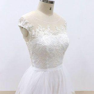 White round neck tulle lace long pr..