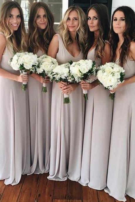 Plus Size Simple A-Line Scoop Sleeveless Long Light Grey Chiffon Bridesmaid Dress