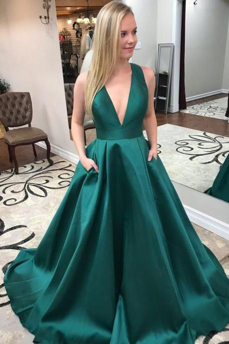 Exquisite Satin V-neck Neckline Cut-out Chapel Train A-line Prom Dresses With Pockets