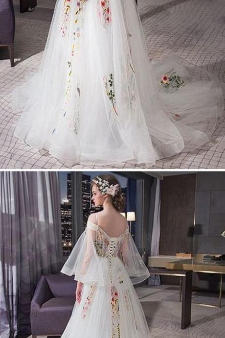 off the shoulder Wedding Dresses Spaghetti Straps Sweep/Brush Train evening dress Sexy prom dress with tulle