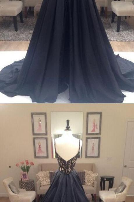 A-Line Long Black Lace V-Neck Prom Dresses Party Evening Gowns