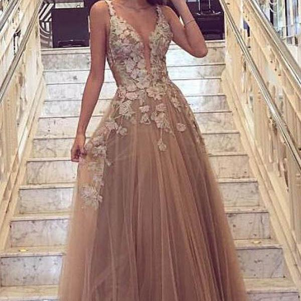 Charming A-Line party dress Deep V-Neck evening dressTulle gold Prom Dress with Appliques