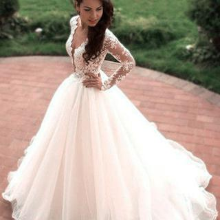 Princess A-Line V-Neck Tulle Ivory Long Sleeves Ball Gown Wedding Dresses
